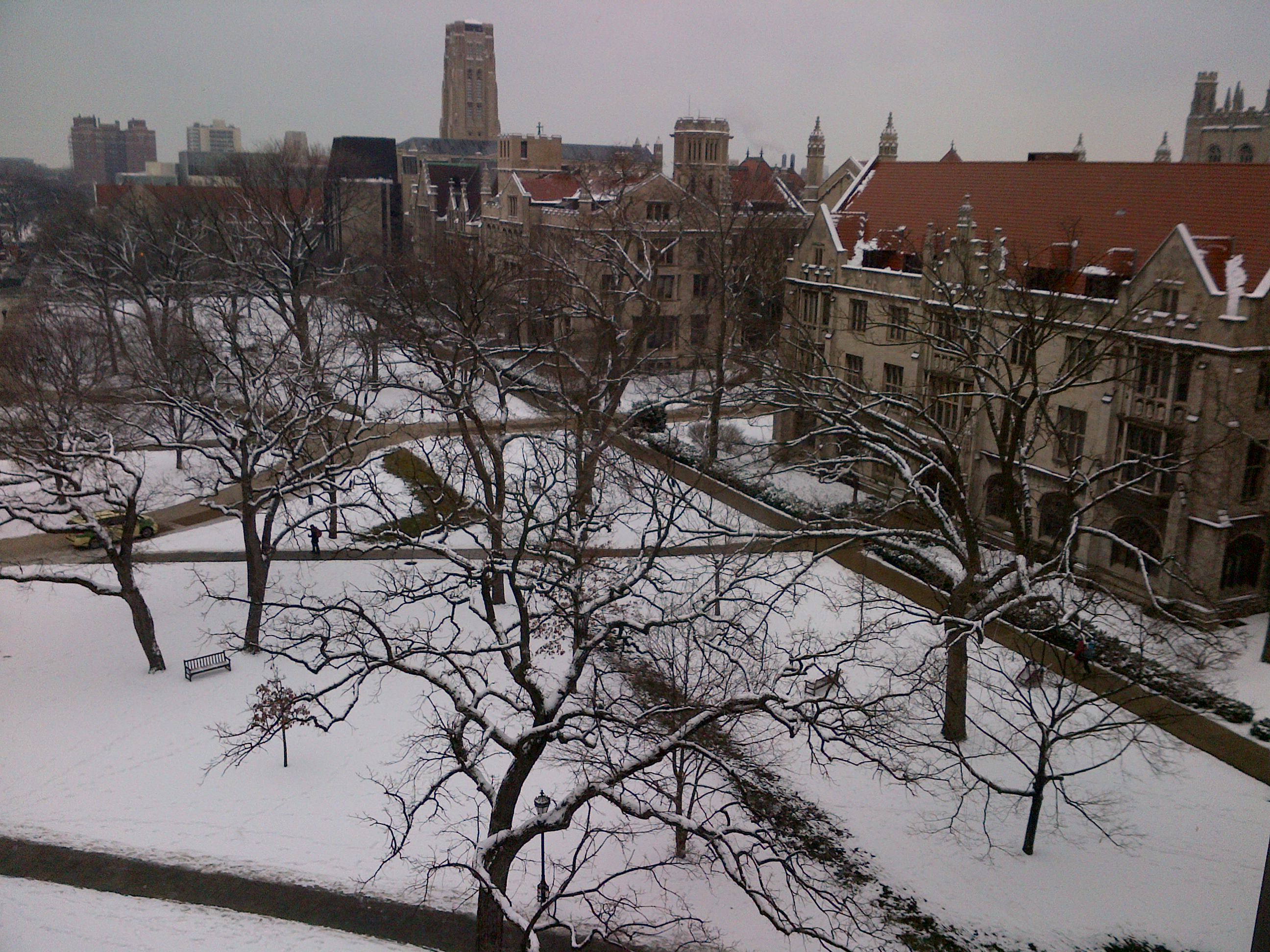 Image of a snowy Main Quad.