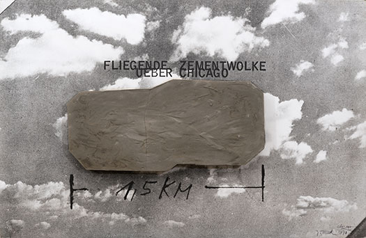 Wolf Vostell, Fliegende Zementwolke ueber Chicago (Flying Cement Cloud over Chicago), 1970
