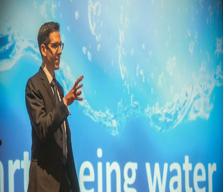 Seth Darling discusses the supply and demand for fresh water around the world and how scientists are trying to develop new ways to clean and filter water.