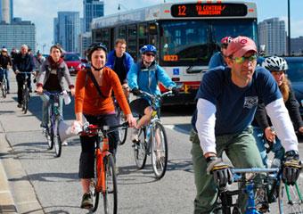 bikers in Chicago