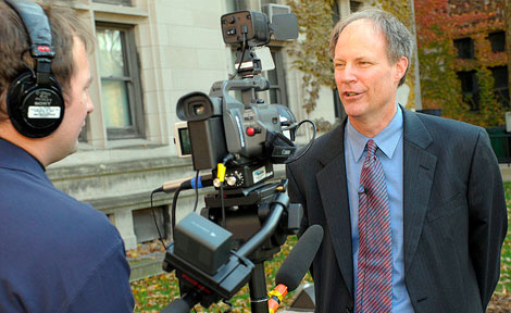 C-SPAN, which is in Chicago to cover the presidential election, brought one of its roving production studio buses Monday to the University of Chicago campus, where Mark Hansen, Dean of the Social Sciences Division, was interviewed. (Photo by Lloyd DeGrane