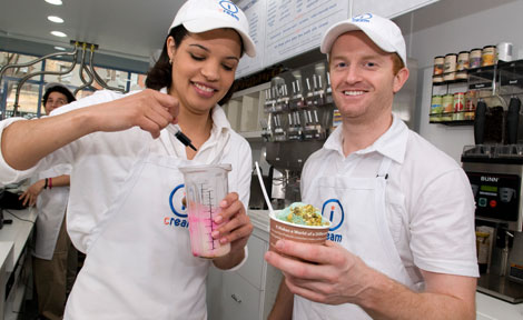 Booth alums Cora Shaw, left, and Jason McKinney opened iCream Cafe in Chicago's Wicker Park neighborhood. The idea for the business came from a class project on a University course in new venture strategy.