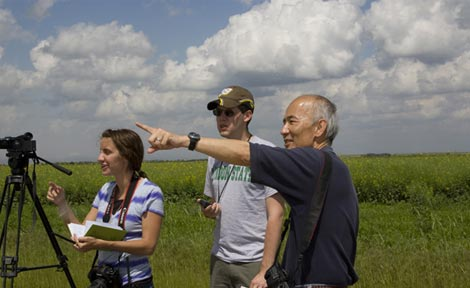 Roger Wakimoto (right) works in the field as part of the VORTEX2
