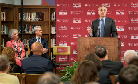 President Zimmer introduces UChicago Promise