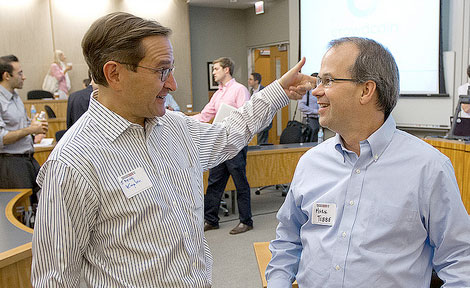 Professor Steven Kaplan and Polsky Center Entrepreneur-in-residence Mark Tebbe