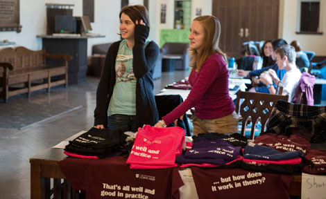 "UChicago students sell t-shirts asking, ""That's all well and good in practice, but how does it work in theory?"""
