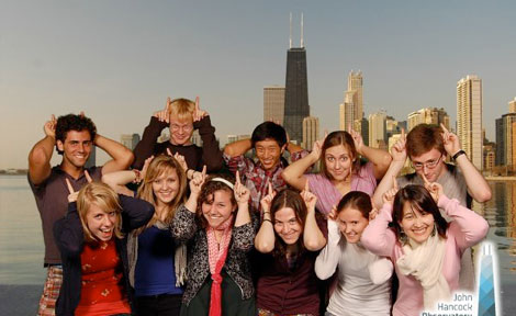 Hitchcock House students pose at Chicago's Hancock Tower