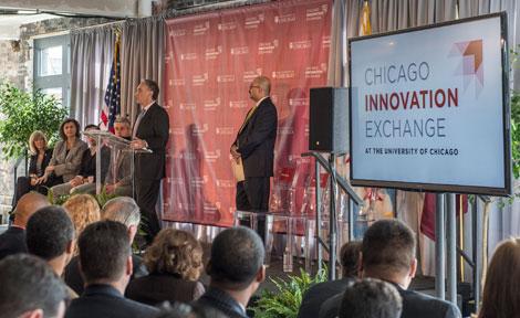 UChicago President Robert Zimmer speaks at CIE news conference