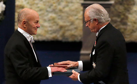 UChicago Prof. Eugene Fama receives his Nobel