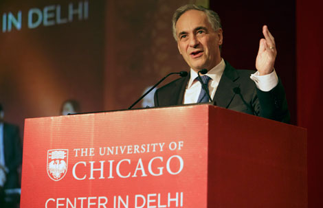 UChicago President Robert Zimmer at Center in Delhi