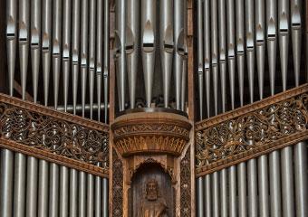 The façade pipes of the Great Organ Diapasons. E.M. Skinner Opus 634 in Rockefeller Memorial Chapel.