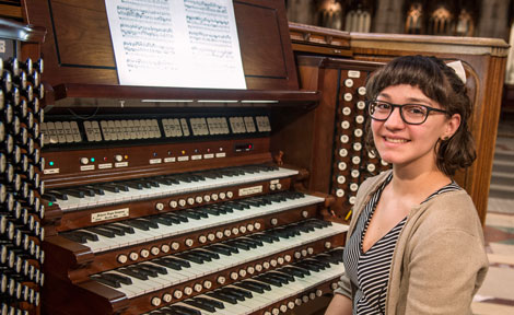 UChicago second-year Chelsie Coren at Rockefeller Chapel
