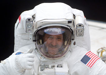 UChicago alum and astronaut John Grunsfeld