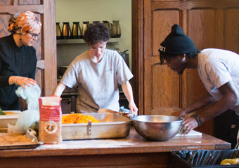 Divinity School students prepare lunch