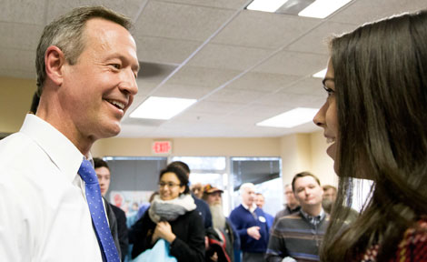 UChicago's Liz Stark speaks with Democratic candidate Martin O'Malley
