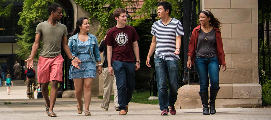 Admissions & Aid | The University of Chicago